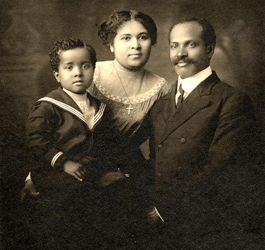 The Caroline Webb family in Madison, ca. 1910 (WHI Image ID 86936)