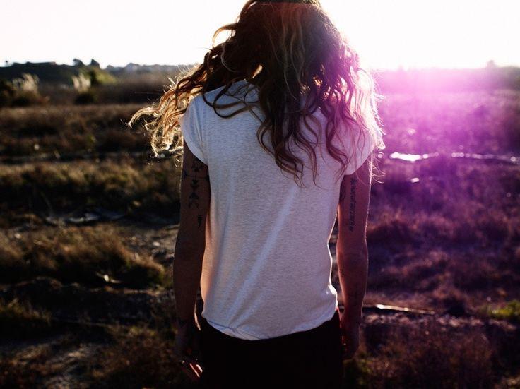 i want her hairTees Shirts, Fashion, Sun Ray, Erin Wasson, Wavy Hair, White Shirts, One Teaspoon, Oracle Foxes, Erinwasson