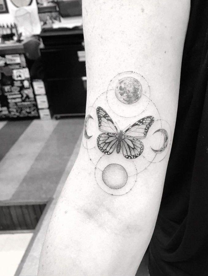 f3fec0ad13b22 Risultati immagini per geometric butterfly tattoo #Geometrictattoos ...