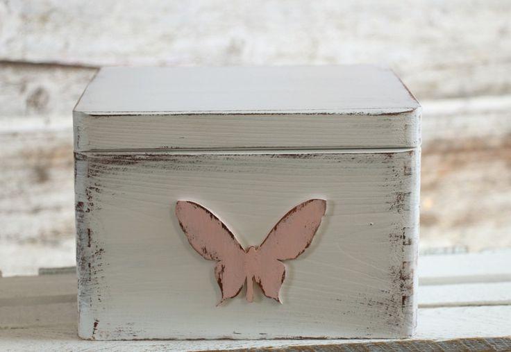 Pudełko na skarby do pokoju dziewczynki.