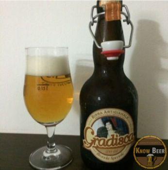 Birra Gradisca del Birrificio Amarcord, leggera e beverina, adatta a chi vuole dissetarsi
