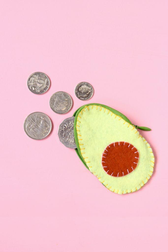 Avocado Coin Purse - Paper and Pin | @cecily_ilana