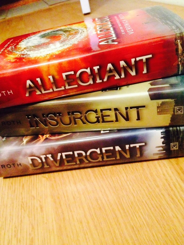 Divergent series. Enjoyed them, aside from the last half of the third book.