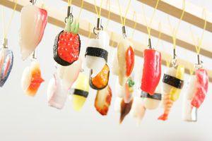 以外に歴史のある食品サンプルがスマホスタンドとなって新たな領域へ! - NAVER まとめ