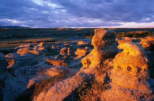 Writing-On-Stone Provincial Park, Alberta (picture by wild prairie man, via Flickr)
