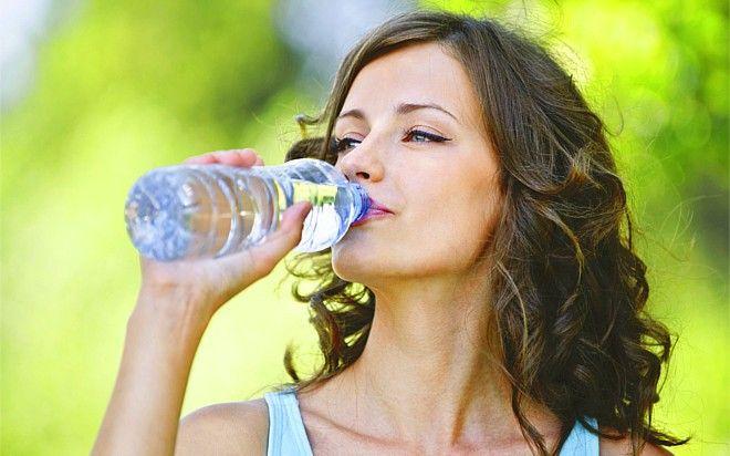 10 účinných tipů, jak se zbavit zadržování vody v těle