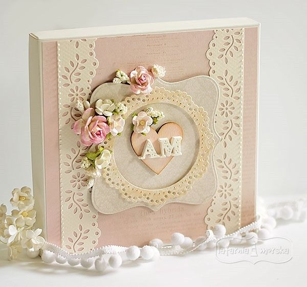 wedding box  http://www.hurt.scrap.com.pl/pudelko-kremowe-ecru-na-kartke-kwadratowa.html