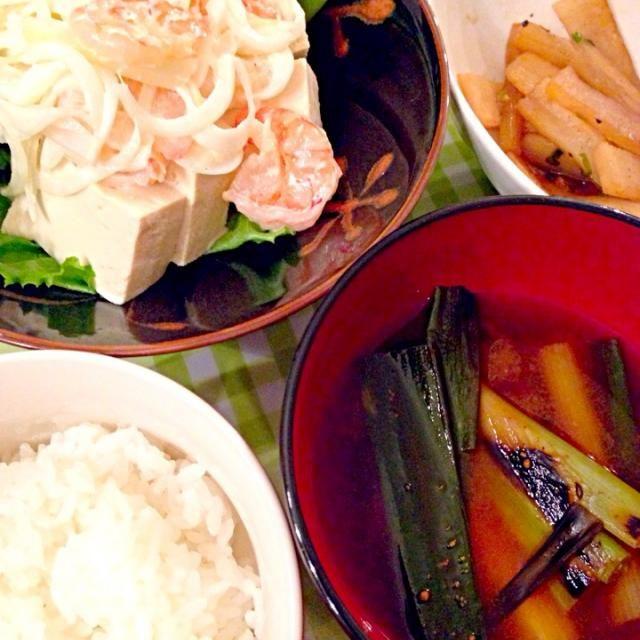 エビマヨサラダもボリューム満点 ◡̈⃝ - 3件のもぐもぐ - エビマヨ豆腐サラダ、焼きねぎ味噌汁 by yuming38