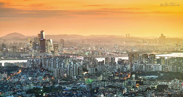 Seoul City seen from the top of Seoul Tower.