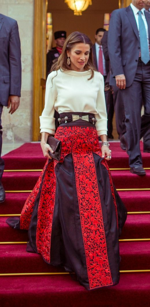 """@yaansoon says: """"Absolutely beautiful! Queen Rania of Jordan is wearing a stylish skirt inspired by the traditional Jordanian dress with its intricate embroidery and unique motifs. The belt is inspired by authentic silver jewelry created by Bedouins in the Jordanian desert."""""""