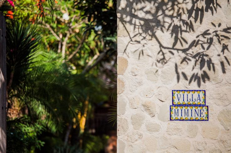 Tropical garden design at villa Mimine by Bali Landscape Company  #bali #landscape #landscapedesign #gardendesign #tropical #tropicalgarden #gardenideas #landscapeideas