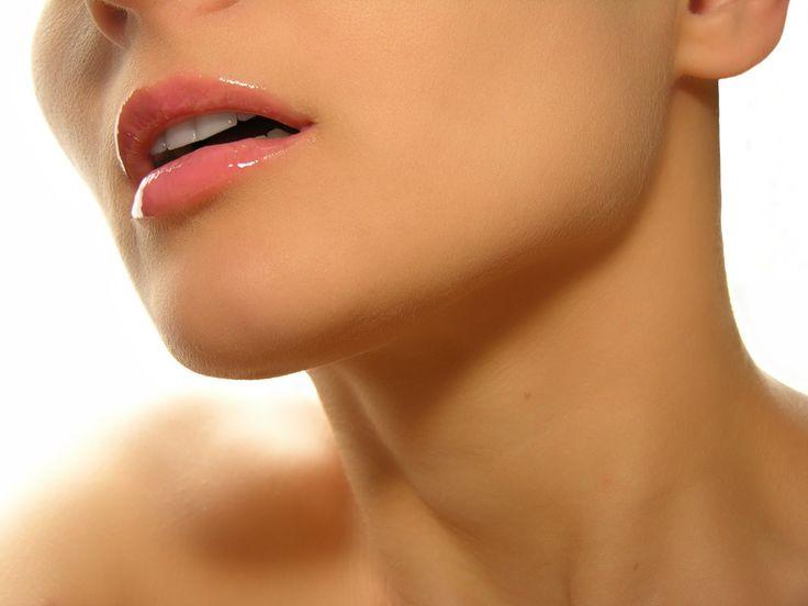 Упражнения при болях в шее. 11 простых упражнения которые избавят от бол...