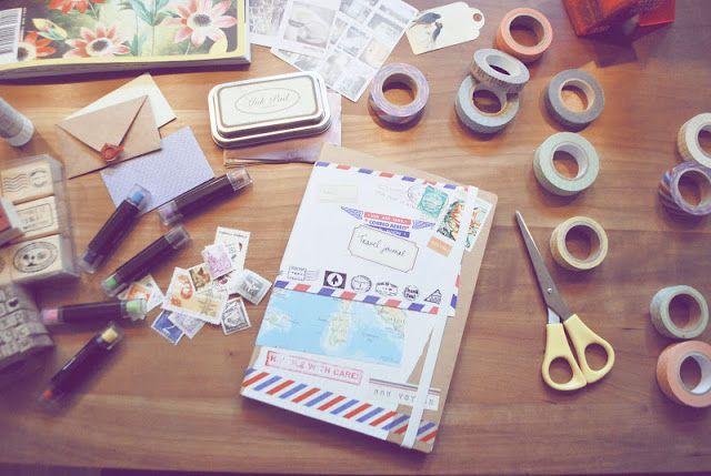 Ik schreef dit artikel voor Sophiesweetvintage's blogmarathon. Neem een kijkje voor meer leuke gastblogs, winacties en meer! De ouderwetse vakantie plakboeken van vroeger zijn terug! Net als de ouderwetse post die mede dankzij mijn letter writing project weer een comeback maakt mag je ook zeker de vakantie plakboeken hype niet overslaan! Wie had er vroeger … Lees verder DIY: Travel Diary (with tips & tricks!) »