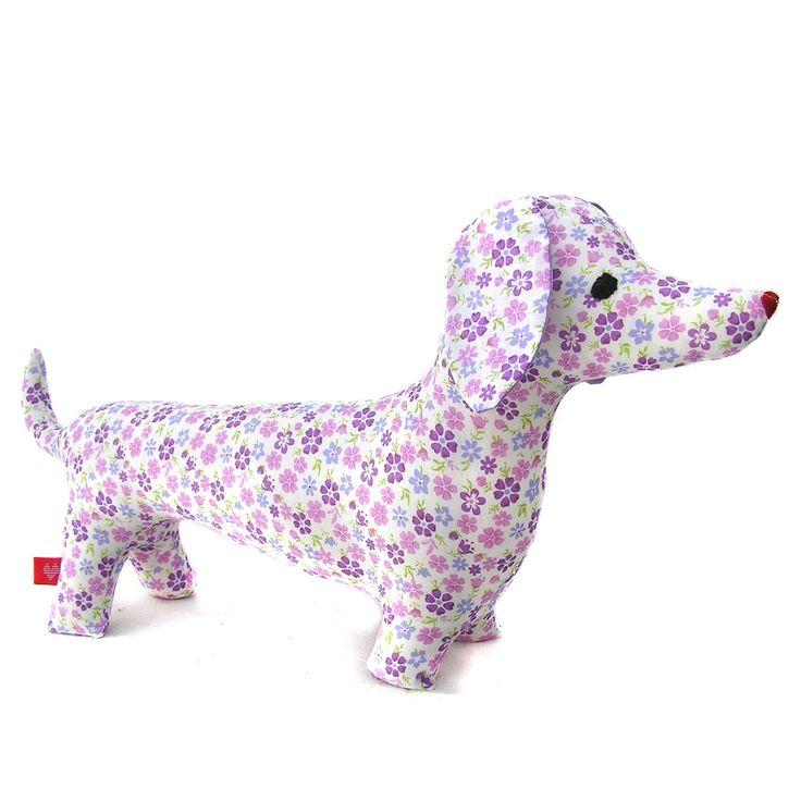 Muñeco de Trapo perro salchicha flores violetas