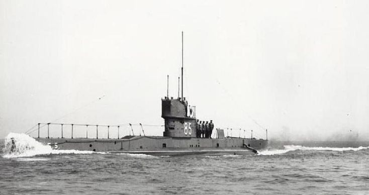 British divers discovered the British submarine E5's intact hull recently off the Netherland coast following an agreement that temporarily suspended the sh