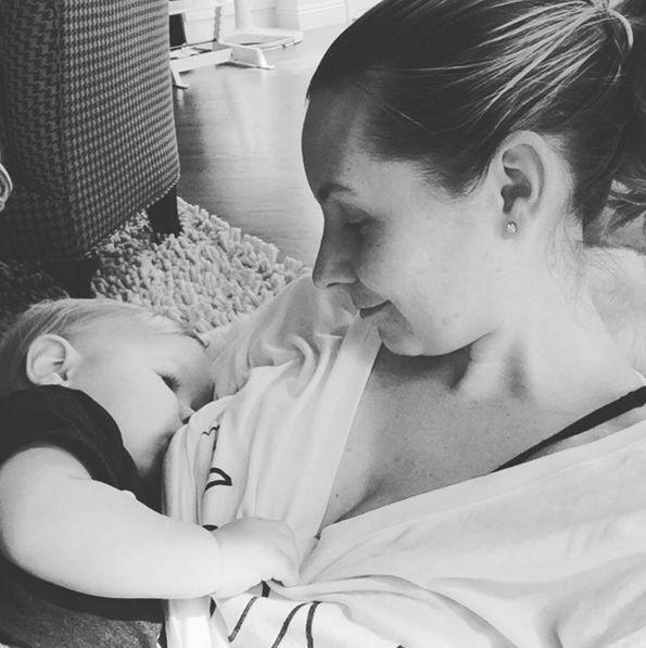 Beverley Mitchell Shares Breastfeeding Photo - http://site.celebritybabyscoop.com/cbs/2016/03/01/beverley-mitchell-breastfeeding #7Thheaven, #AuFudge, #BeverleyMitchell, #Breastfeeding, #ExtendedBreastfeeding, #JessicaBiel, #Normalizebreastfeeding, #Nursing