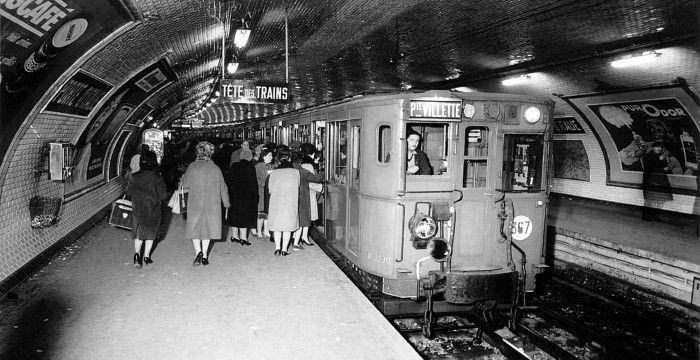 Petite histoire du ticket de métro parisien. Objet du quotidien de millions de Franciliens, le ticket de métro de Paris est né le 19 juillet 1900 avec l'inauguration de la première ligne de métro (l'actuelle ligne N° 1). Il a déjà 115 ans !...