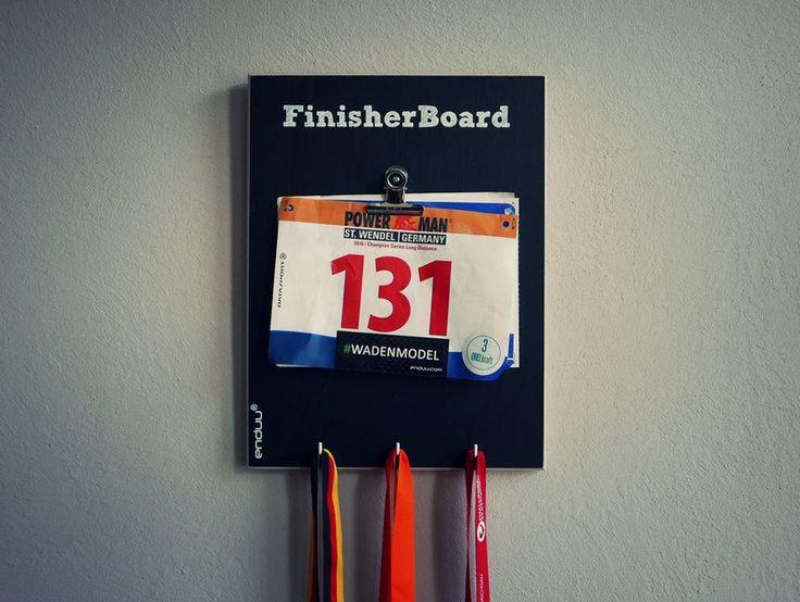 Wanddeko - Medaillenhalter Laufen und Marathon 'FRANKFURT' - ein Designerstück von finisherboard bei DaWanda