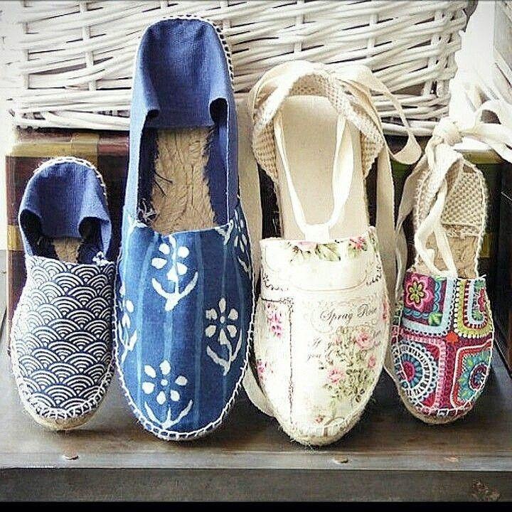 Planning a family trip? www.mumico.es #mumico #mumishoes #alpargatas #espadrilles #esparteñas #espardeñas #madeinspain #traditional #vegan #sustainable #handmade #madeinspain #laceup #wedges #shoes #shoelove #wedges