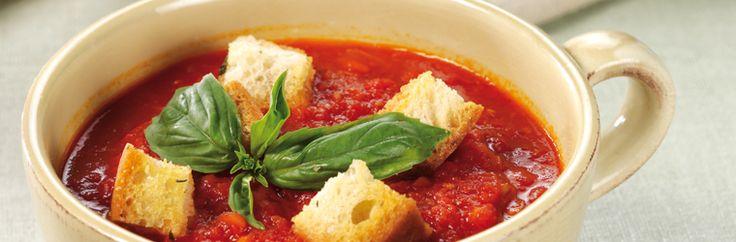 Zuppa di pomodoro e crostini