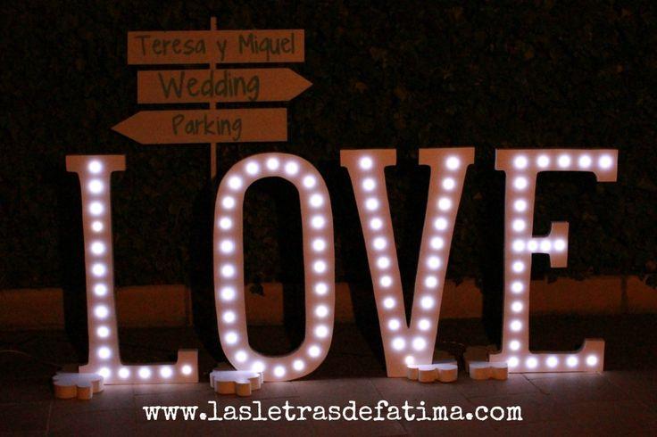 Letter LOVE Light letter. Iluminated Letter. Great for any evente 37 inch tall. de Letrasdecorativas en Etsy