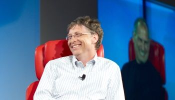 Билл Гейтс поддержал ФБР в конфликте с Apple | Head News