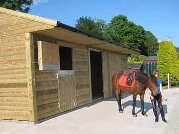 small horse stable | Stables for Sale l Quality Timber Horse Stables for Sale in Ireland