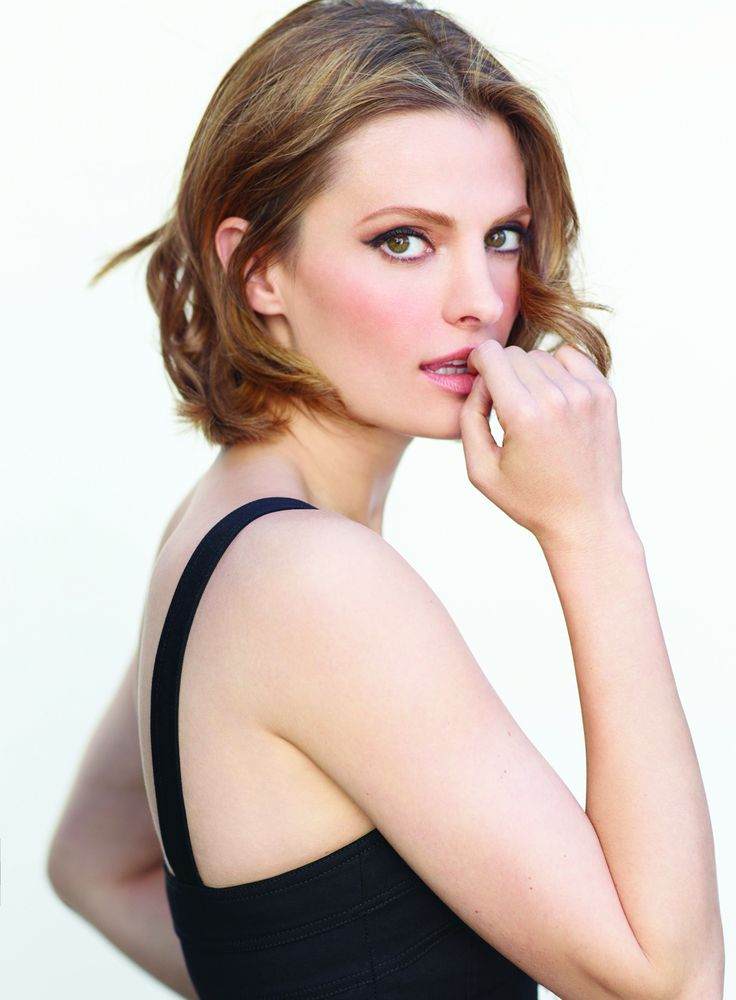 56 best [super hot] Stana Katic images on Pinterest ...