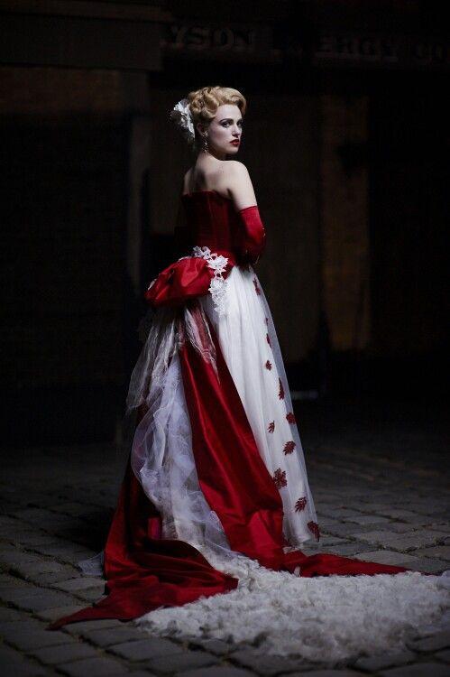 "Katie Mcgrath - ""Dracula"""