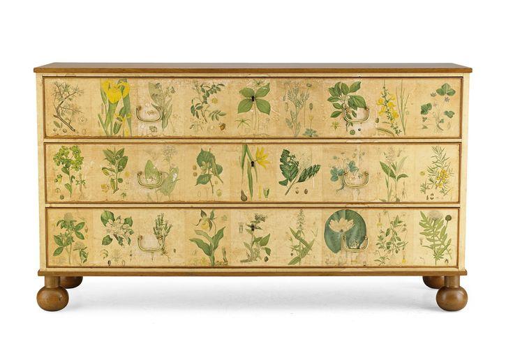 """** JOSEF FRANK, """"Flora"""", byrå, Svenskt Tenn, modellnummer 1050, mahogny"""