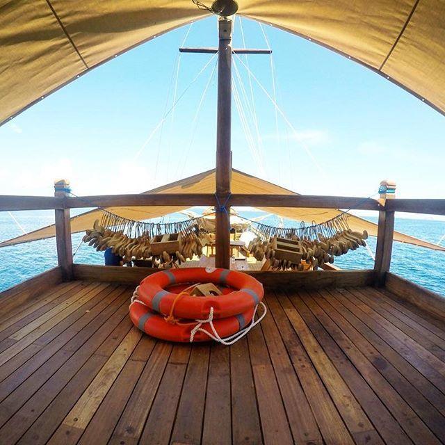 Chill a bit. #exploreflores #exploreindonesia #instanusantara #flores #labuanbajo #dive #diving #divekomodo #ship #scuba #snorkeling #scubadiving #diveindonesia #flores #freedive #komodo #komodonationalpark #liveaboard #phinisi #boat #boatlife #cruise #underwater #trekking #holiday #travel #travelgram #traveling #travelingram #indonesia #traditionalship