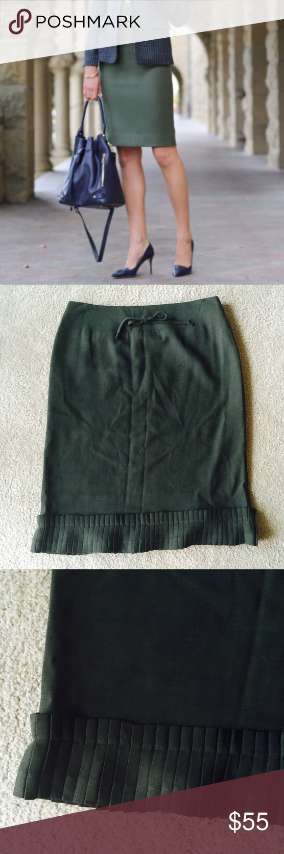 ❗️Neiman Marcus Marc Ray Paris Wool Skirt $198 ❗️LAST CHANCE❗Neiman Marcus ️Marc Ray Paris & New York Dark Olive 100% Wool Skirt. Retails $198. In like new condition. Should fall to knees or just below. Tie at front & cute pleated texture on bottom. Size 10. Im cleaning out all items--everything must go this week to make room for new items! Enjoy 20% off bundles! I also consider all reasonable offers--feel free to make an offer & its yours! Shipping today! ;-) Neiman Marcus Skirts Midi