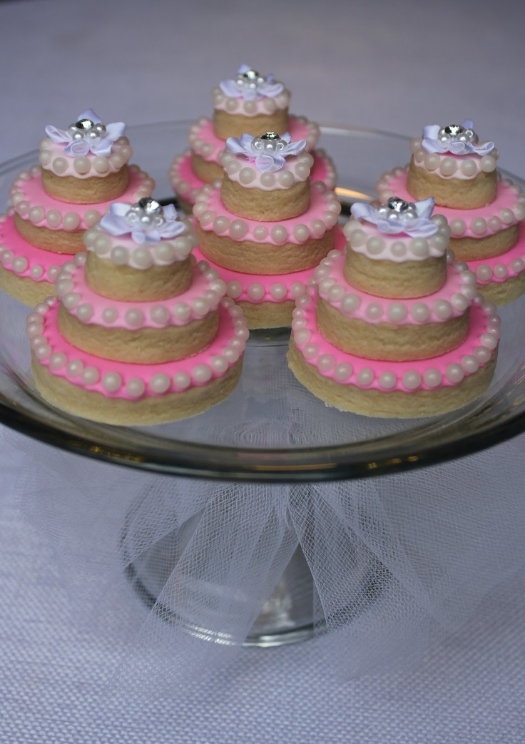 Cookie- cakes. Could make them in American Doll size!