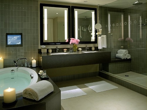In room jacuzzi hotels in nyc live suite with in room for Spa weekends near nyc