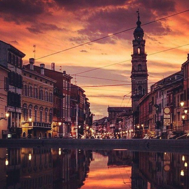 Parma. Via della Repubblica al tramonto - Instagram by fraiacobs7