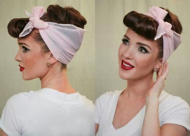 Pinup scarf