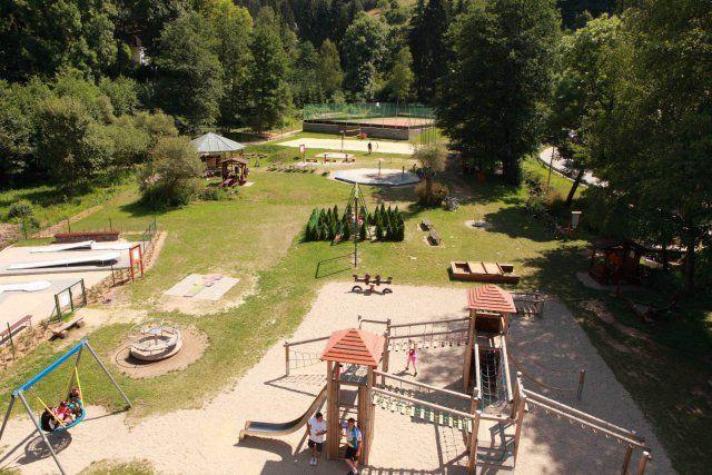 Bozeňov - Sport & relax areál, nabízí krásné ubytováí uprostřed přírody. Je vhodné pro rodiny s dětmi, firemní akce olomouc, aktivní dovolenou.