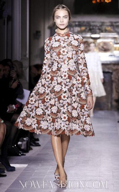 Кара Делевинь в показе Valentino Haute Couture S/S 2013
