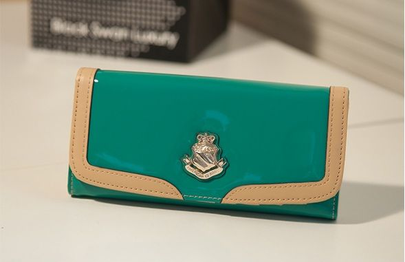 Dompet Import J556 Green Glossy  Material : PU leather Size: 18x8cm  idr: 160.000