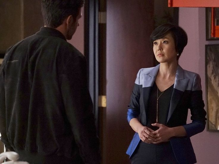 Karen Kim's Blue Colorblock Blazer on Mistresses