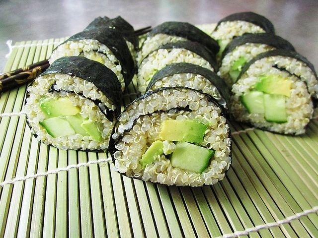 Quinoa avocado sushi.: Avocado Sushi, Food Recipes Vegans Vegetarian, Rolls Looks Yummy, Sushi Rolls Looks, White Rice, Healthy Food Ideas Vegetarian, Quinoa Avocado, Quinoa Sushi, Veggies Sushi