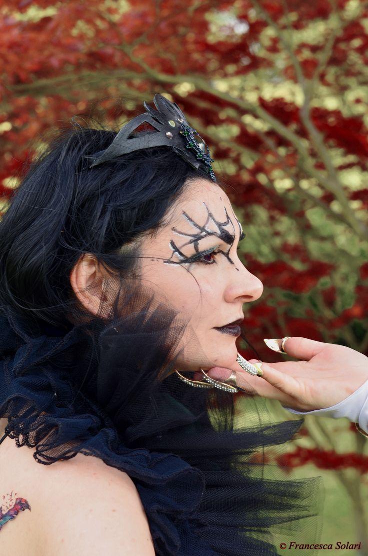 Gorgorath from Leodhrae www.aurorafilippi.com Photo by: Francesca Solari https://www.facebook.com/Francesca-Solari-Photography-454269394624161/ Location: Parco Giardino Sigurtà (Italy) #leodhrae #fantasy #costume #cosplay #book #novel #god #gods #goddess #dark #darkness #demon