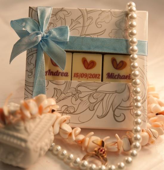 ChocPrints 3 Just Married - trzy kostki najlepszej belgijskiej czekolady z nadrukiem. / Gifts for wedding guests / #chocolate #chocolissimo #wedding