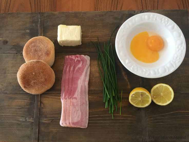 Ingredientes para preparar huevos benedictinos