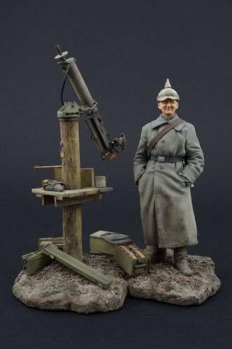 Jon Smith Modellbau- Figure Kit JSM-26MGP: WWI German MG 08 Gunner 1915 FLAMGA (Flieger Abwehr MG Abteilung). http://www.michtoy.com/item-JSM-26MGP-WWI_German_MG_08_Gunner_1915_FLAMGA_(Flieger_Abwehr_MG_Abteilung).html
