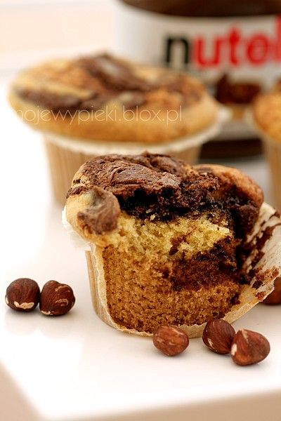 """nutella cupcakes.  OMG.  did you just say """"nutella"""" and """"cupcakes"""" in the same phrase??"""
