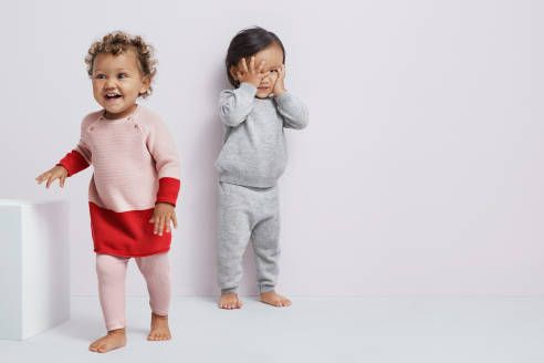 Vítejte v H&M, vašem online obchodě s módou. Nabízíme módu a kvalitu za nejlepší cenu a za udržitelnějších podmínek.
