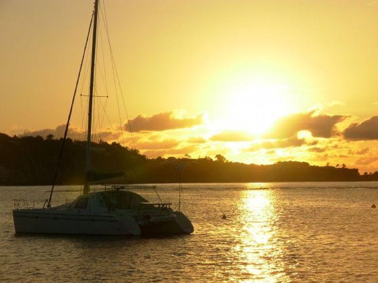 Abritel Location vacances yacht Le Marin. Location Catamaran avec skipper croisières Grenadines caraïbes Martinique