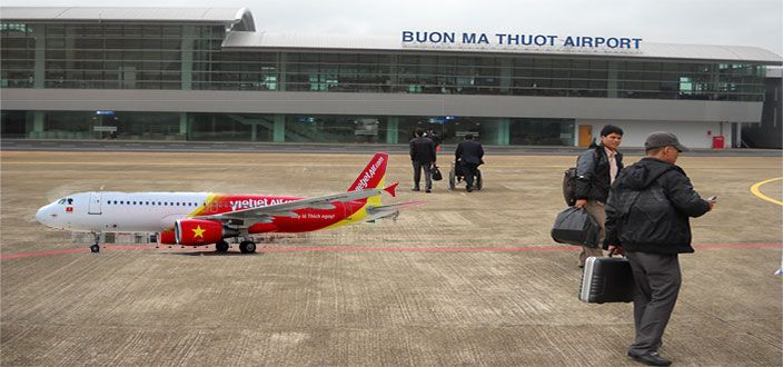 Book vé máy bay giá rẻ qua mạng đi Hà Nội, vé máy bay Buôn Ma Thuột đi Hà Nội vietjet air chỉ từ 790k, chi tiết và cách đặt vé xem tại http://keytovietnam.com/ve-may-bay-buon-ma-thuot-di-ha-noi-vietjet.html