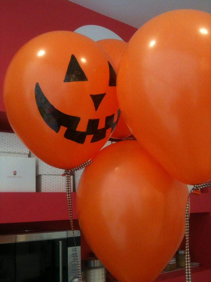 Halloween balloons for everyone!